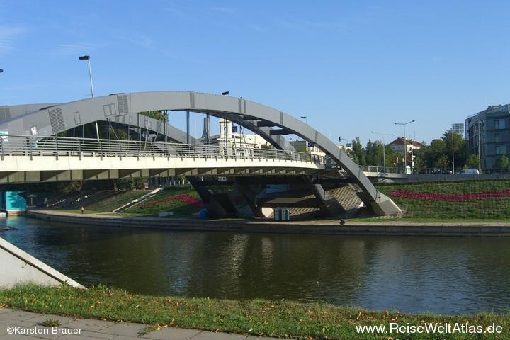 Brücke über die Neris