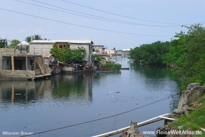 Canal de Chiquimulilla