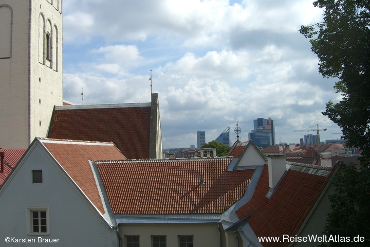 Fernblick auf Tallinns Neustadt