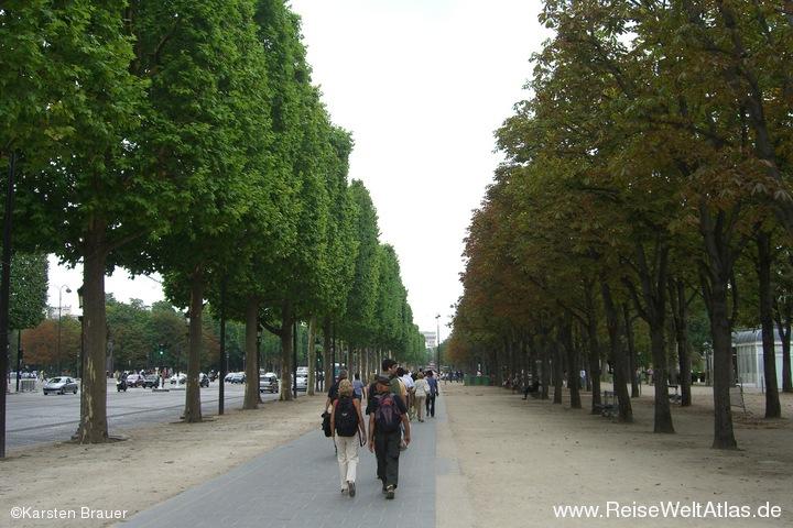 Flanieren auf der Champs Élysées