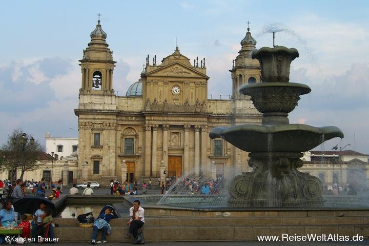 Kathedrale & Brunnen
