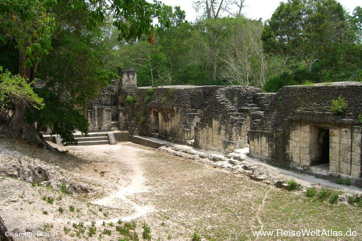 Palacio de las Acanaladuras