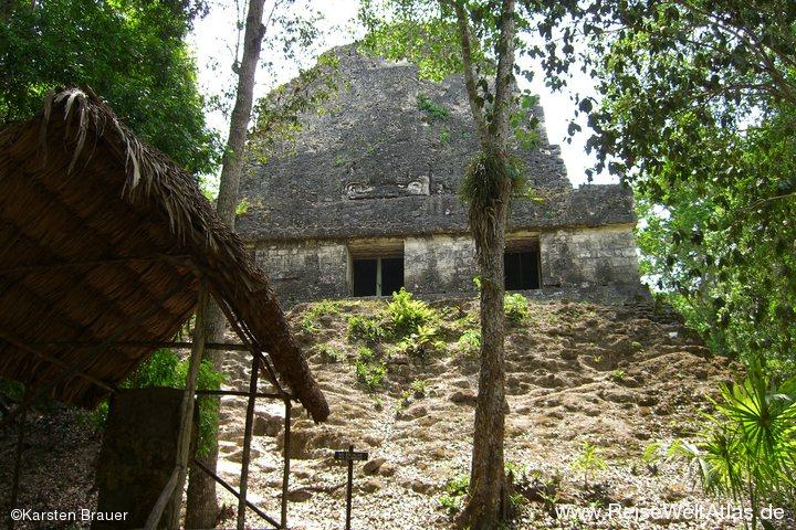 Tempel VI