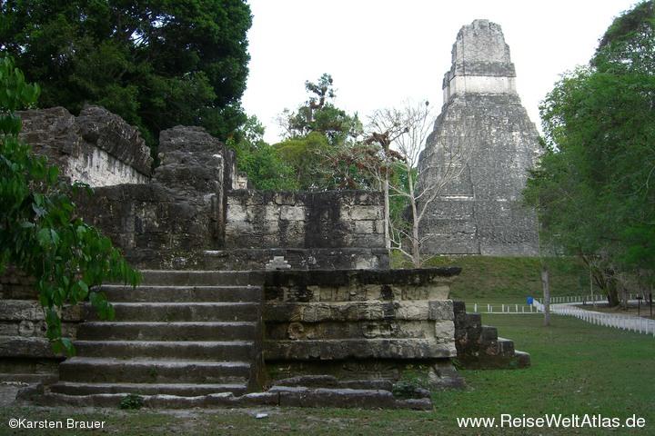 Tempel von Hinten